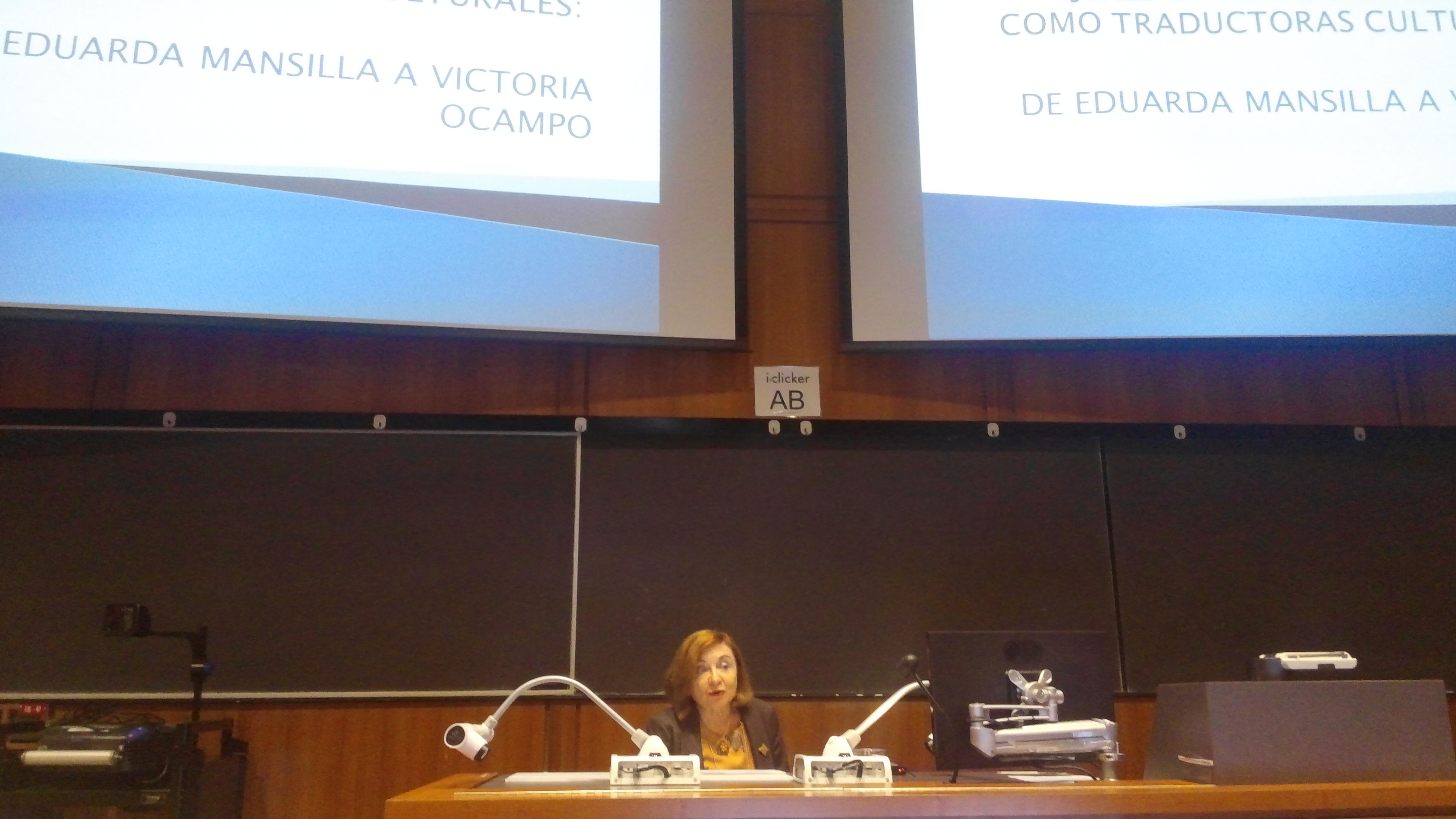 María Rosa Lojo en Vancouver, Canadá